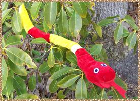 Click here for a larger picture of the small plush snake